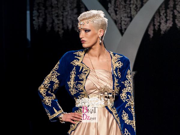 Parmi les stylistes et negafas qui ont présenté leurs modèles l'ont peut citer : Lokka Mariage, Ouarda Helli, Mouna Negafa, Ziana Schamsya, Ziana Mayliss, S&M mariage, Amelle Mess, Linda Lousse, So Glam Pour découvrir tous les modèles de caftans 2015, présentés durant le grand salon du mariage, cliquez ici Pour découvrir en image le défilé de la styliste Algérienne Yasmina Chellali cliquez ici Voici une galerie photo une sélection de modèles de caftans, robes du soir et robes blanches