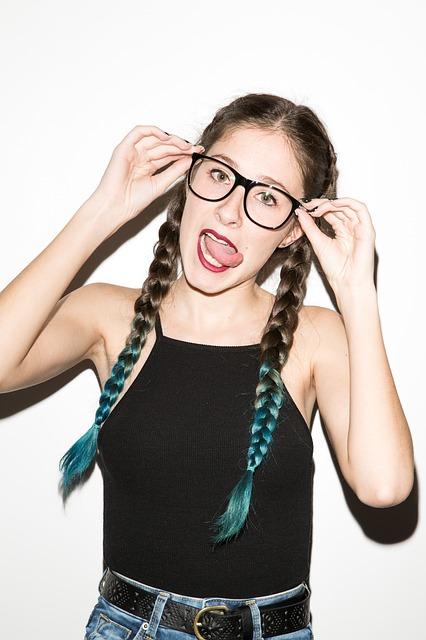 6 choses que seules les filles qui portent des lunettes peuvent comprendre (2)